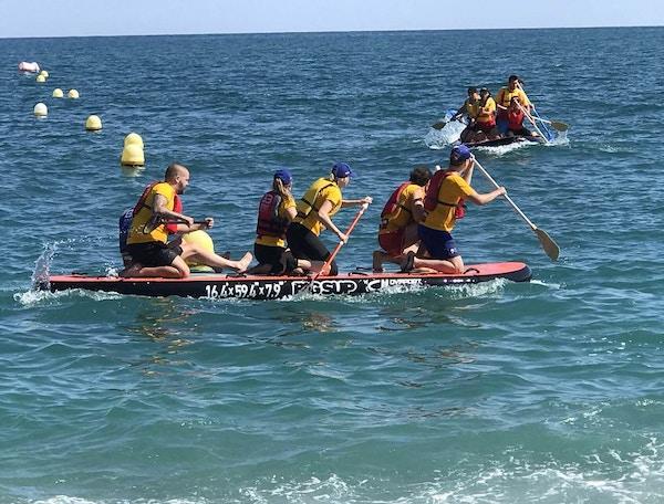 Strandleker som teambuliding