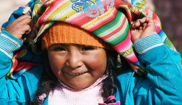 Jente i Andesfjellene.