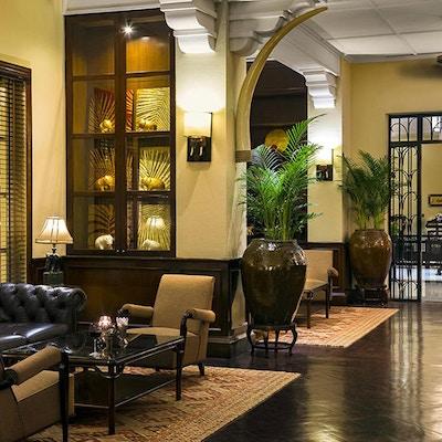 Grand Hotel Angkor Elephant Bar Bar Lounge