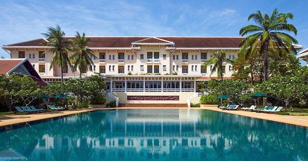 Grand Hotel angkor pool