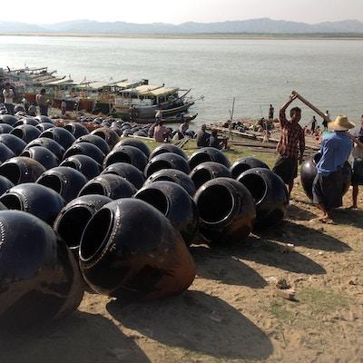 Krukkebusiness Irrawaddy