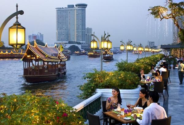 Bangkok restaurant riverside terrace 1