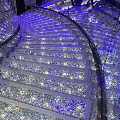 Krystalltrappa på MSC Grandiosa