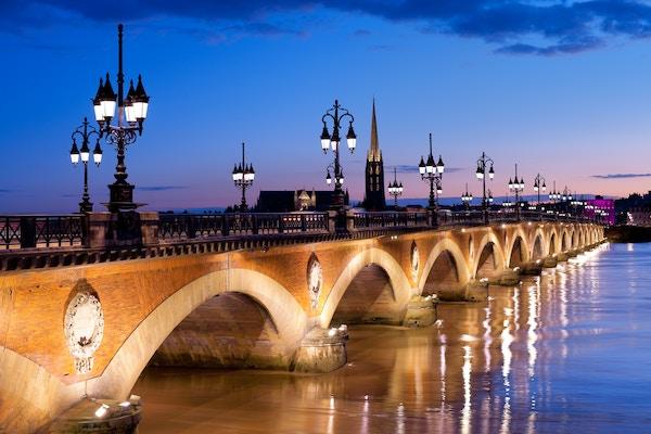 Pont de Pierre i Bordeaux